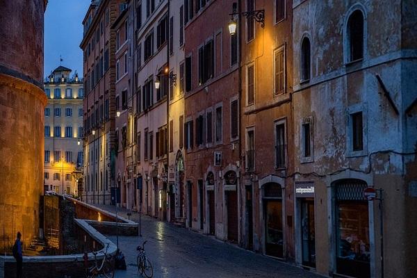 Любовь в Италии и молодежь