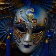 Италия, карнавала и жирный четверг.