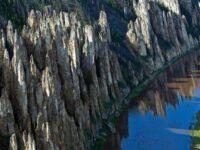 Столбы реки Лена. Необычное явление природы