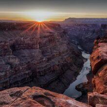 Большой каньон Колорадо в США.