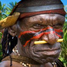 Люди каменного века на острове Новая Гвинея.