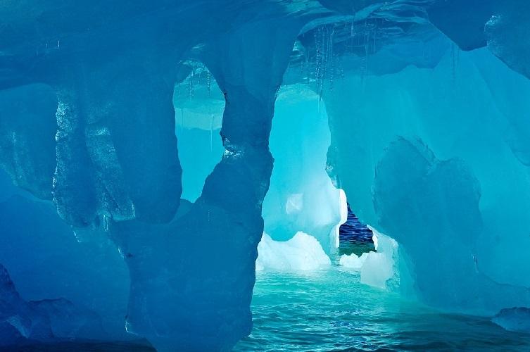 Антарктида - ледники и их тайны