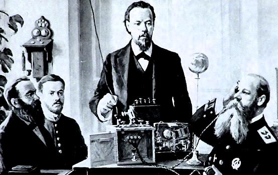 А. С. Полов установил радиосвязь