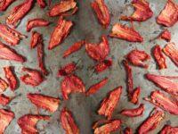 Как сушить помидоры в духовке и рецепт помидоров с начинкой