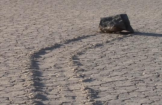 Ползущие камни и феномен Долины Смерти