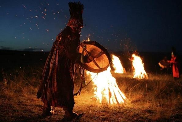 Шаманы и шаманизм